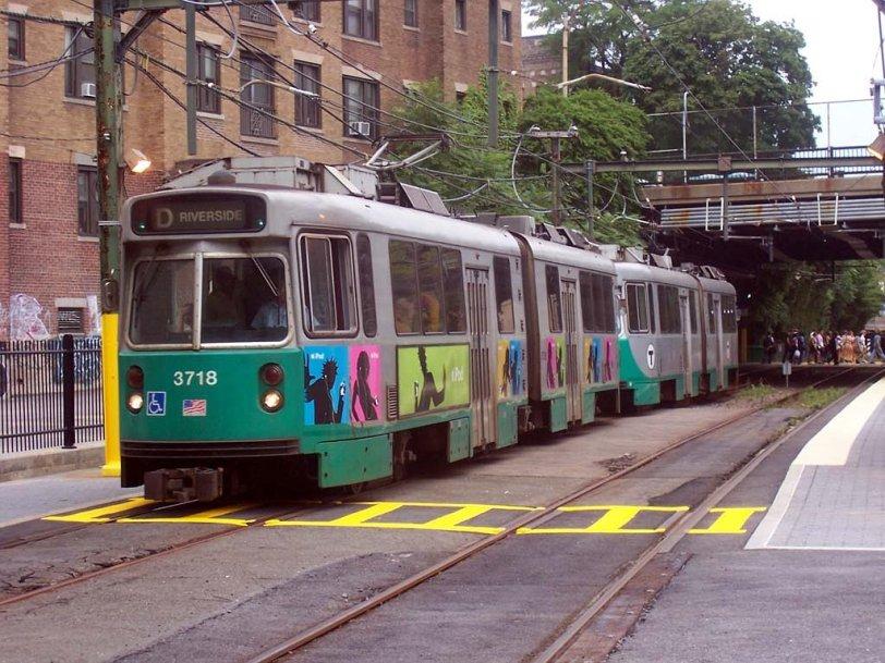 MBTA_Green_Line_D