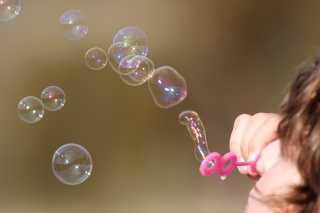 Girl_blowing_bubbles