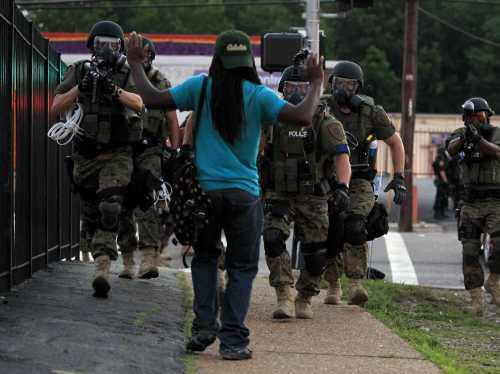 ferguson-police-call-for-end-to-night-protests-after-shooting