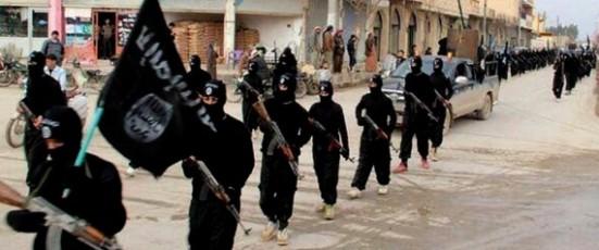 Mideast Gulf Torn Over Iraq